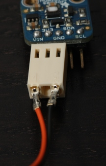 Inserting contacts into Molex socket