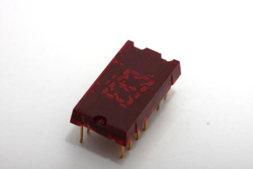 TIL302 chip