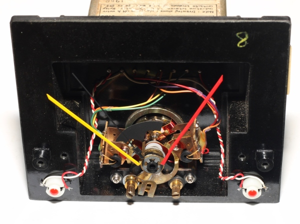 img_5285_panel_meter_front_close