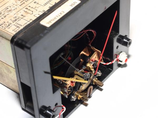 img_5285_panel_meter_front_ir